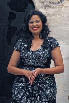 Жанна Алхазова