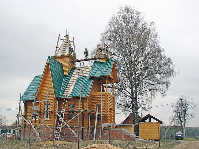 Строительство церкви в Крутце, 2010 г.